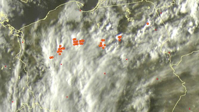 Front burzowy nad Polską. Lokalnie nadal grzmi